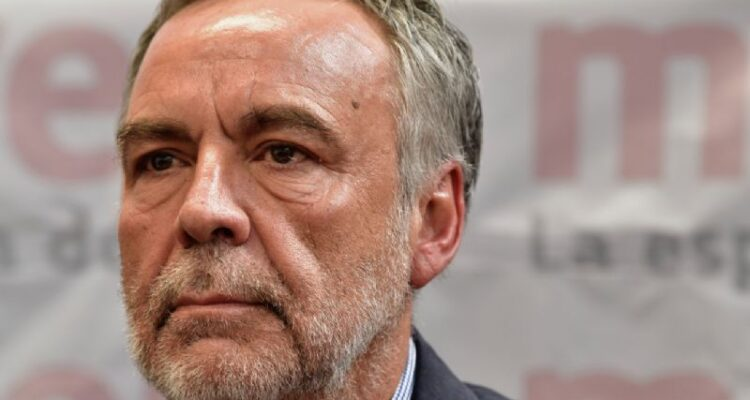 Ramírez Cuéllar propone gravar a las grandes fortunas para mitigar la pandemia (proceso.com.mx)